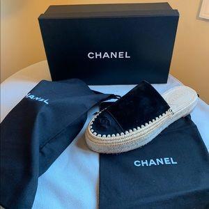 NEW 🖤 Chanel Espadrille Mule Slides 40 Black